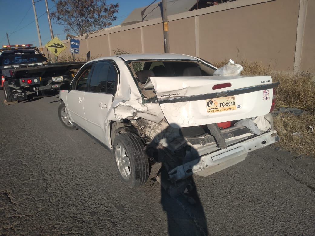 No guarda distancia y provoca accidente en Monclova