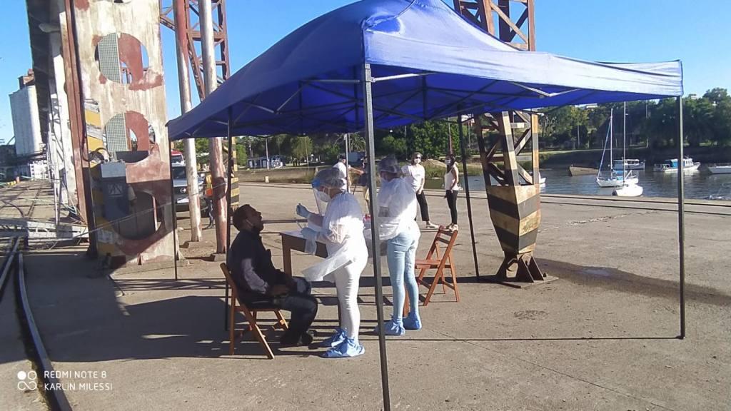 Uruguay vive últimos días de restricciones por COVID-19 en espera de vacunas