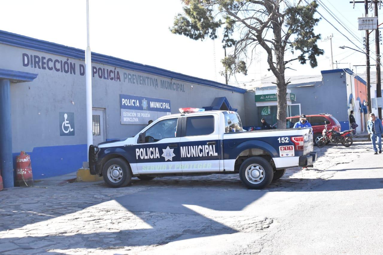 Reconoce Seguridad Pública de Monclova detención de tres policías por violación