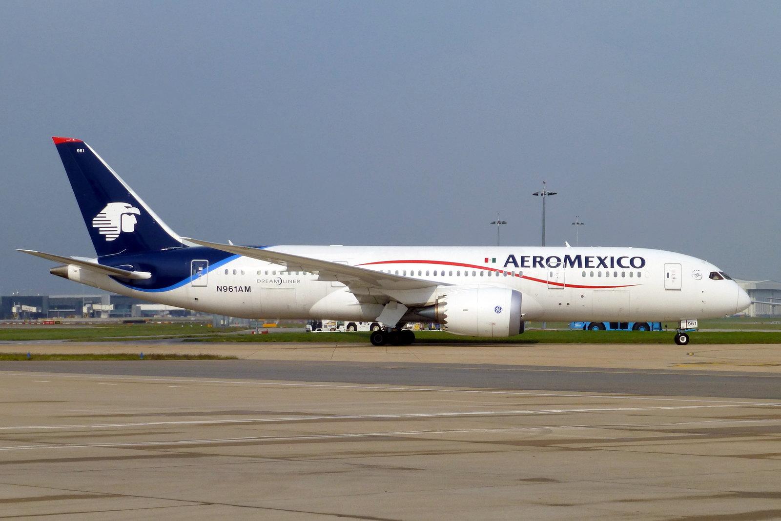 El COVID-19 arrasó con las líneas aéreas del mundo en 2020