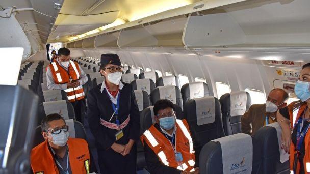 Bolivia amplía restricción de vuelos procedentes de Europa hasta febrero