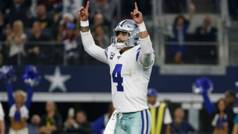 Prescott continuará con Dallas