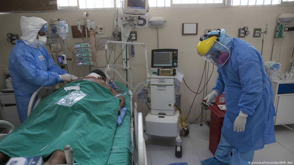 El triste peregrinar por una cama en hospitales