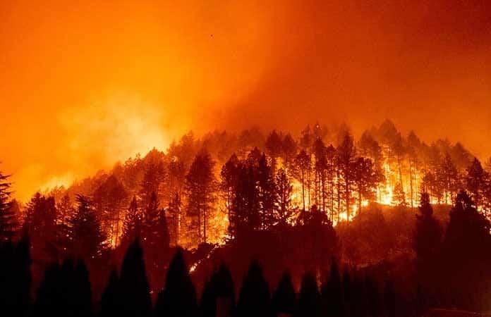 Desastres naturales en EU dejan daños por 95,000 millones de dólares