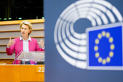 Eurocámara empieza a revisar acuerdo posbrexit para ratificarlo en dos meses