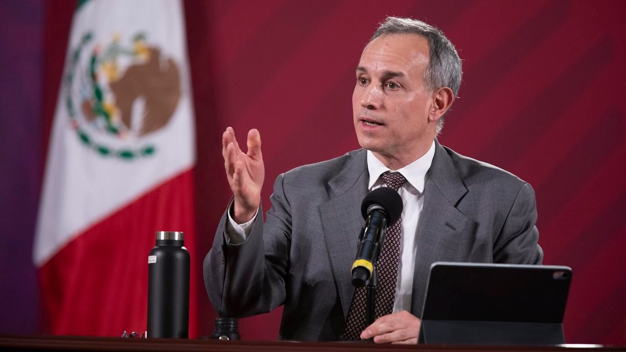 López-Gatell: Vacuna contra COVID-19 no hace daño