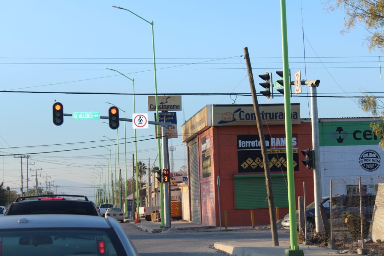Ajustan los tiempos a semáforos peatonales en Frontera