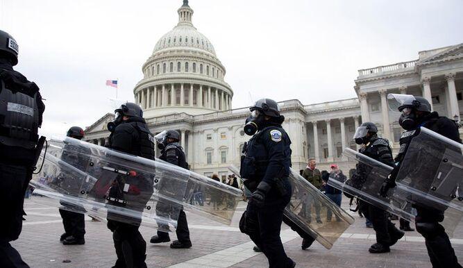 Nueva York cancela sus contratos con Trump por el asalto al Capitolio