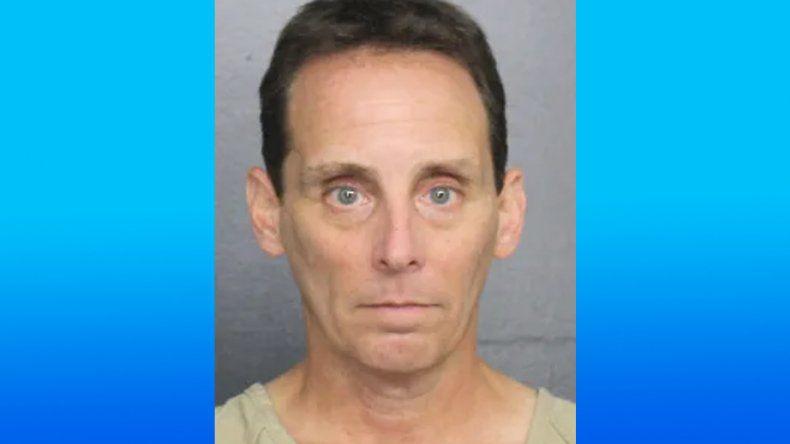 Pediatra de Florida arrestado por posesión de pornografía infantil