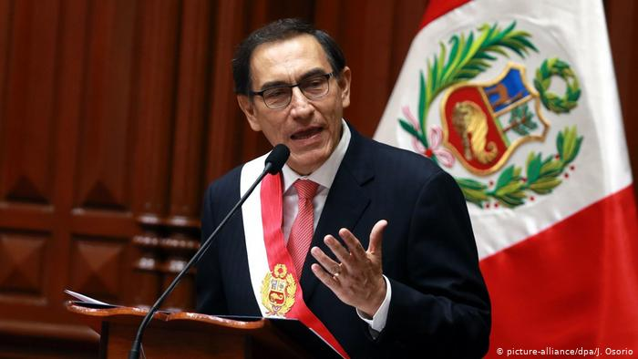 Peruanos siguen indecisos ante las elecciones presidenciales de abril