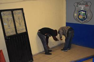 PCC los soprende drogándose en Monclova