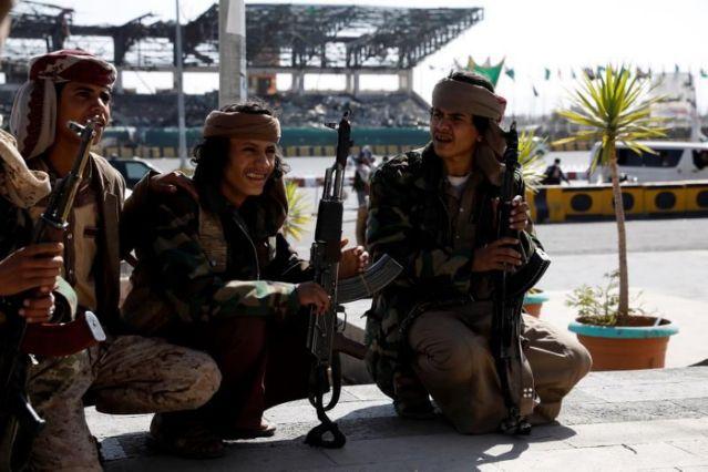 ONG en Yemen piden a Biden revocar designación de hutíes como terroristas