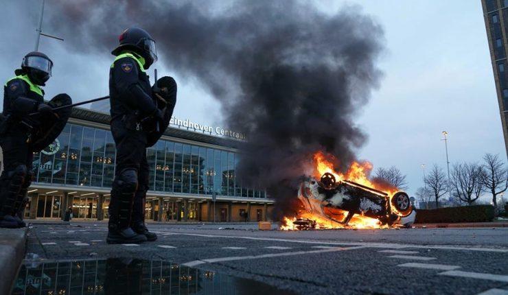 Disturbios en varias ciudades de Países Bajos en protesta por toque de queda