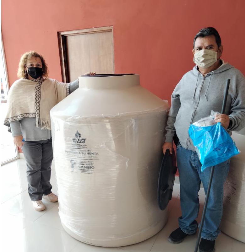 Entregan tinacos subsidiados  en San Buenaventura