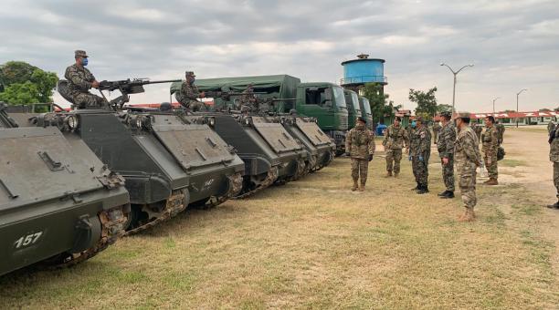 Perú despliega al Ejército en frontera con Ecuador contra inmigración ilegal