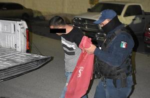Le arma zafarrancho a su ex mujer en Monclova
