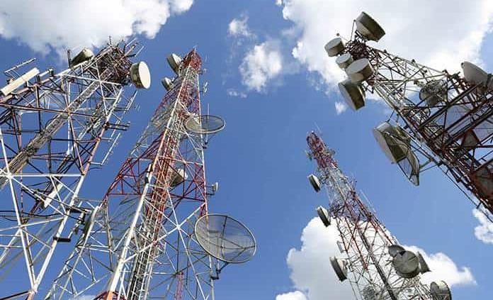 Por pandemia, ingresos de AT&T caen 5.2% en cuarto trimestre