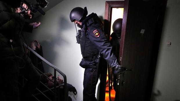 La policía rusa registra la casa y las oficinas de Navalni