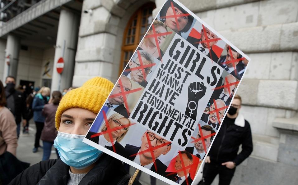 Protestas en Polonia contra la inminente prohibición casi total del aborto