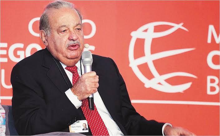 Carlos Slim cumple 81 años mientras está hospitalizado por COVID-19
