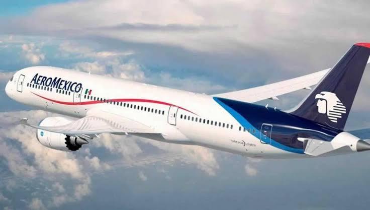 Pilotos de Aeroméxico ceden bajar su sueldo; se ahorrarán 350 mdd