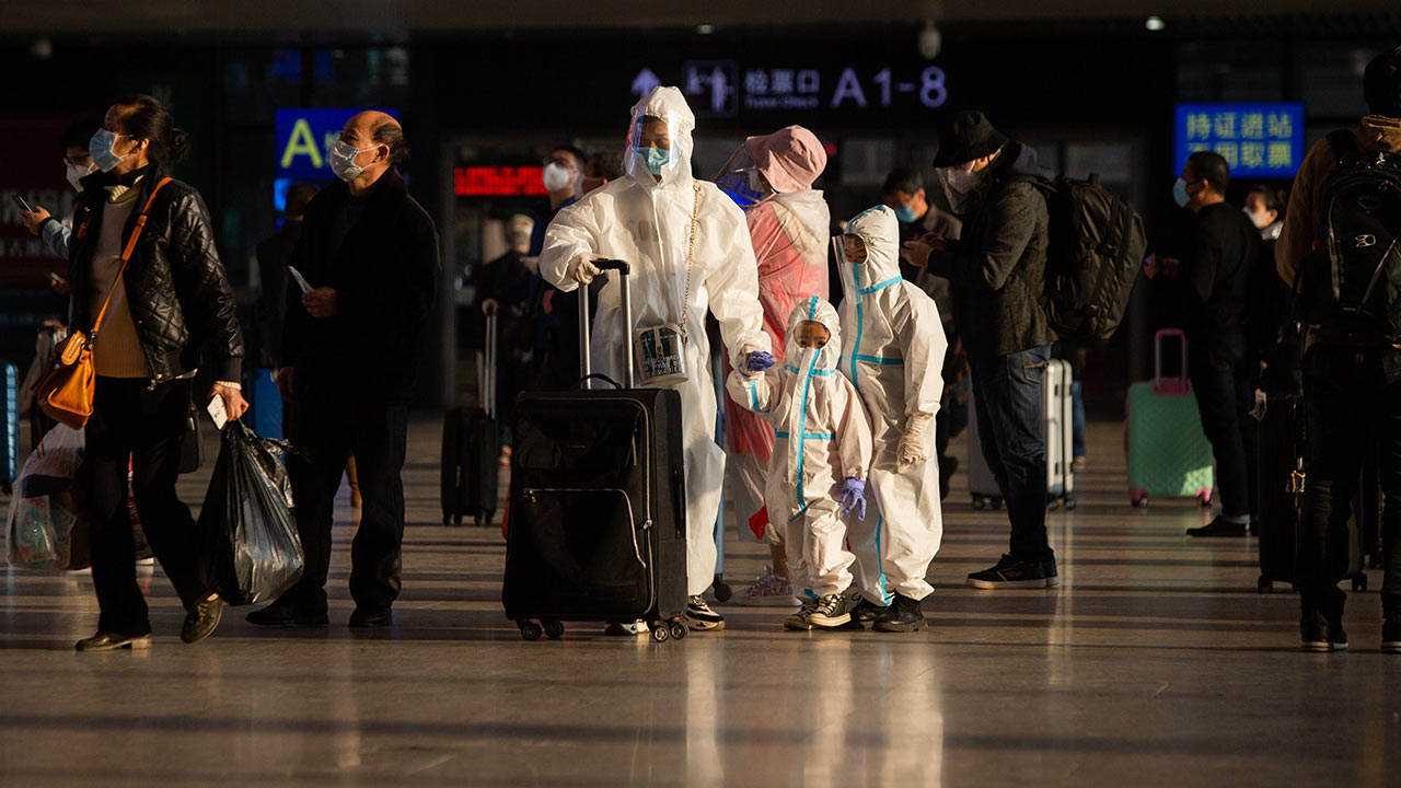 La OMS comienza su misión sobre el terreno en Wuhan con especial secretismo