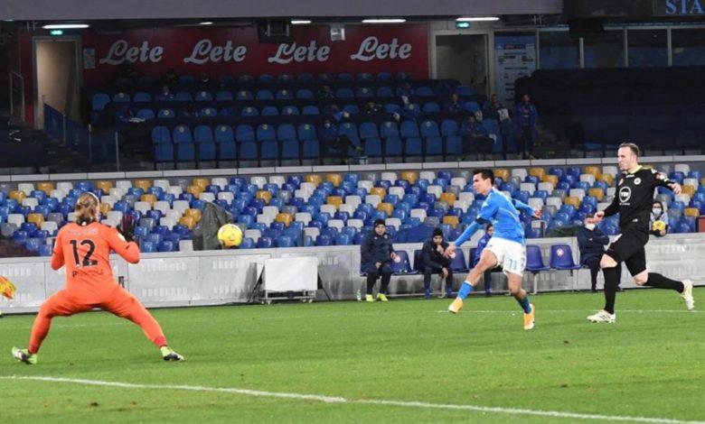 Lozano marca y alcanza las semifinales de Copa con el Nápoles