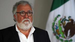 Alejandro Encinas: Disminuye número de fosas clandestinas