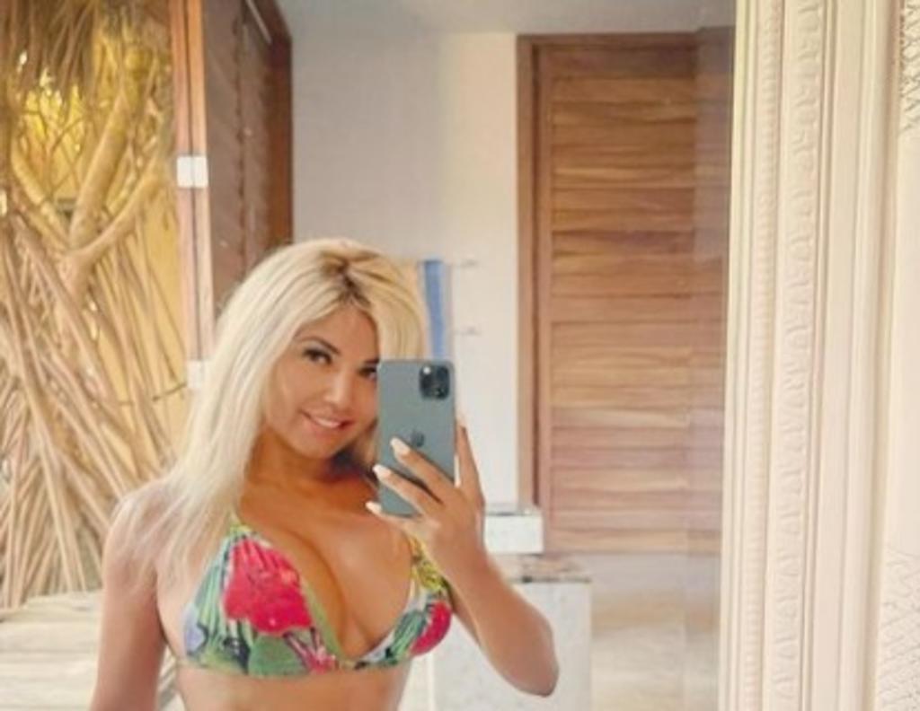 'Totalmente rubia', así luce Aleida Nuñez en sensual bikini