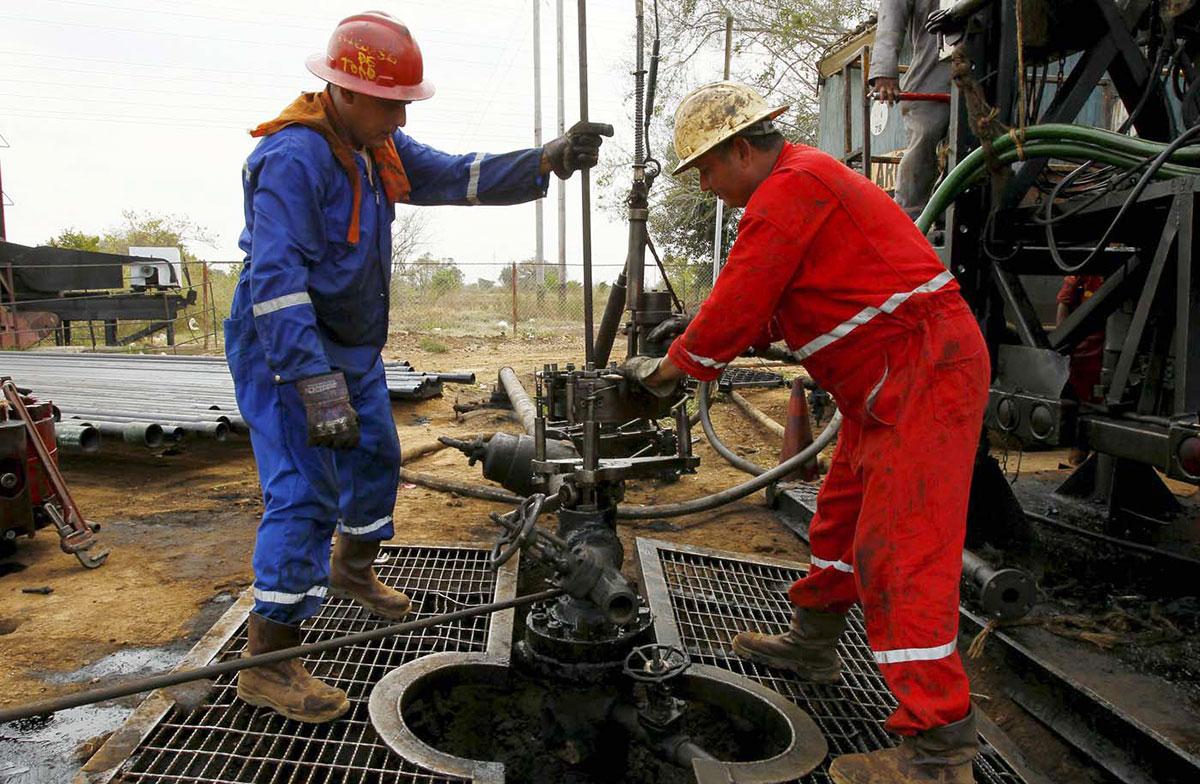 El petróleo de Texas baja un 0.3%