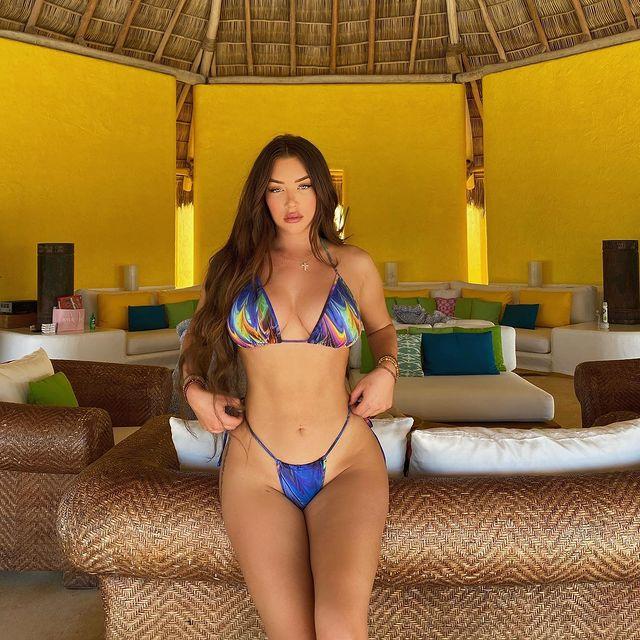 Stassie Baby opacó las playas de Jalisco con su espléndida figura