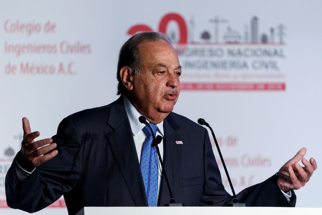 Carlos Slim deja el hospital; se recupera del COVID-19 en su casa