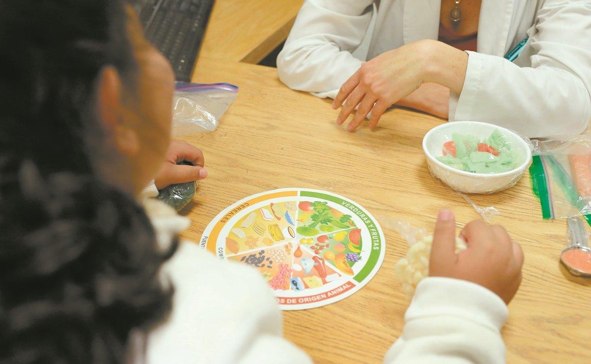 DIF: Va contra obesidad, con plan de alimentos en escuelas