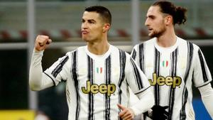 Cristiano marca un doblete al Inter y ya es el mejor goleador de siempre