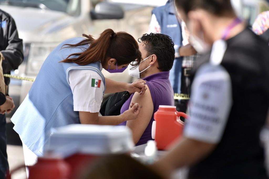 Siguen pendientes para Coahuila 12 mil vacunas