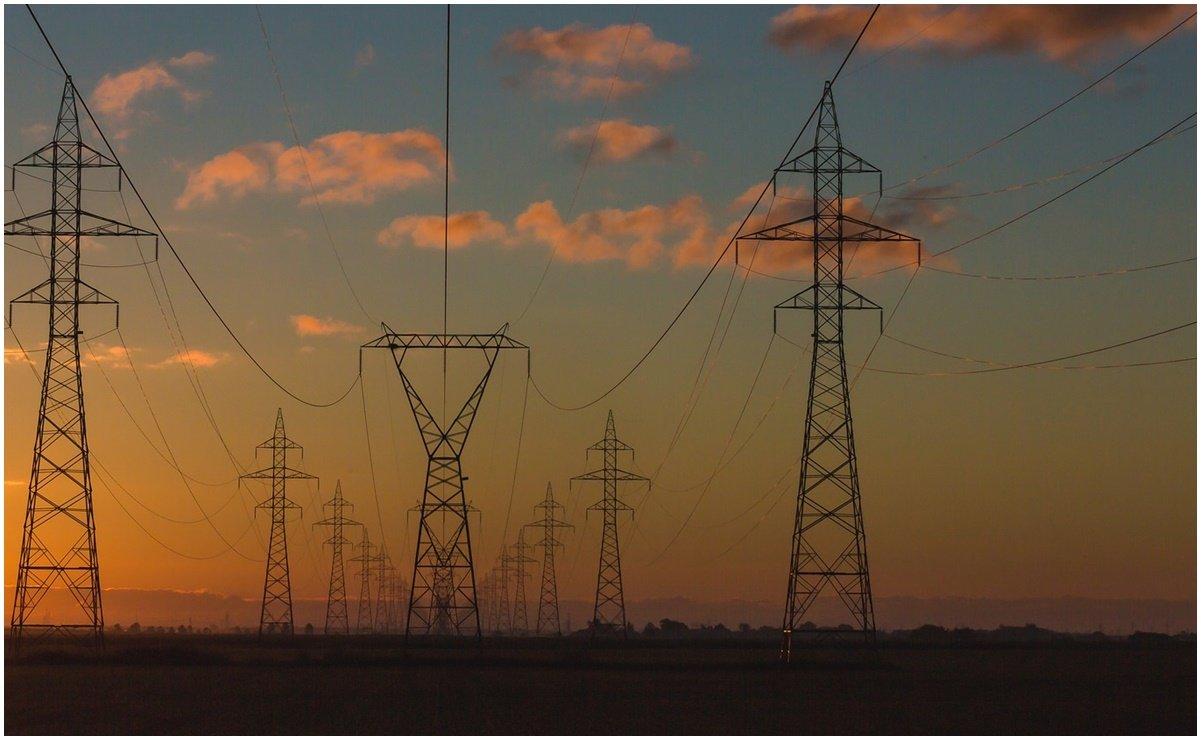 Con reforma eléctrica se violarán tratados: Cámara Española