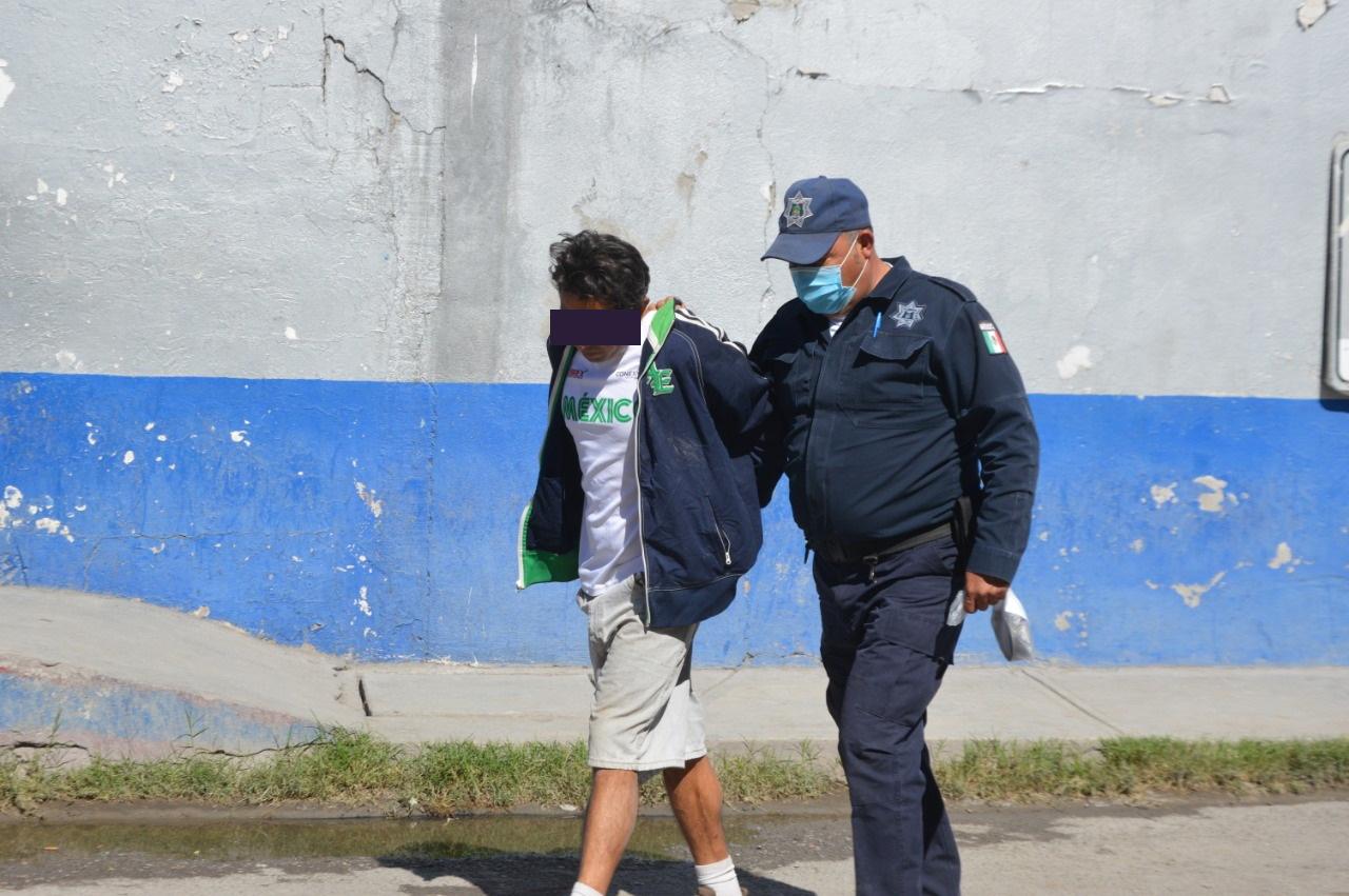 Policías atrapan a ladrón en Monclova