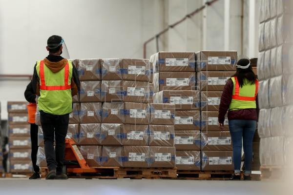 Millones de papeletas impresas con error están bajo custodia en Ecuador