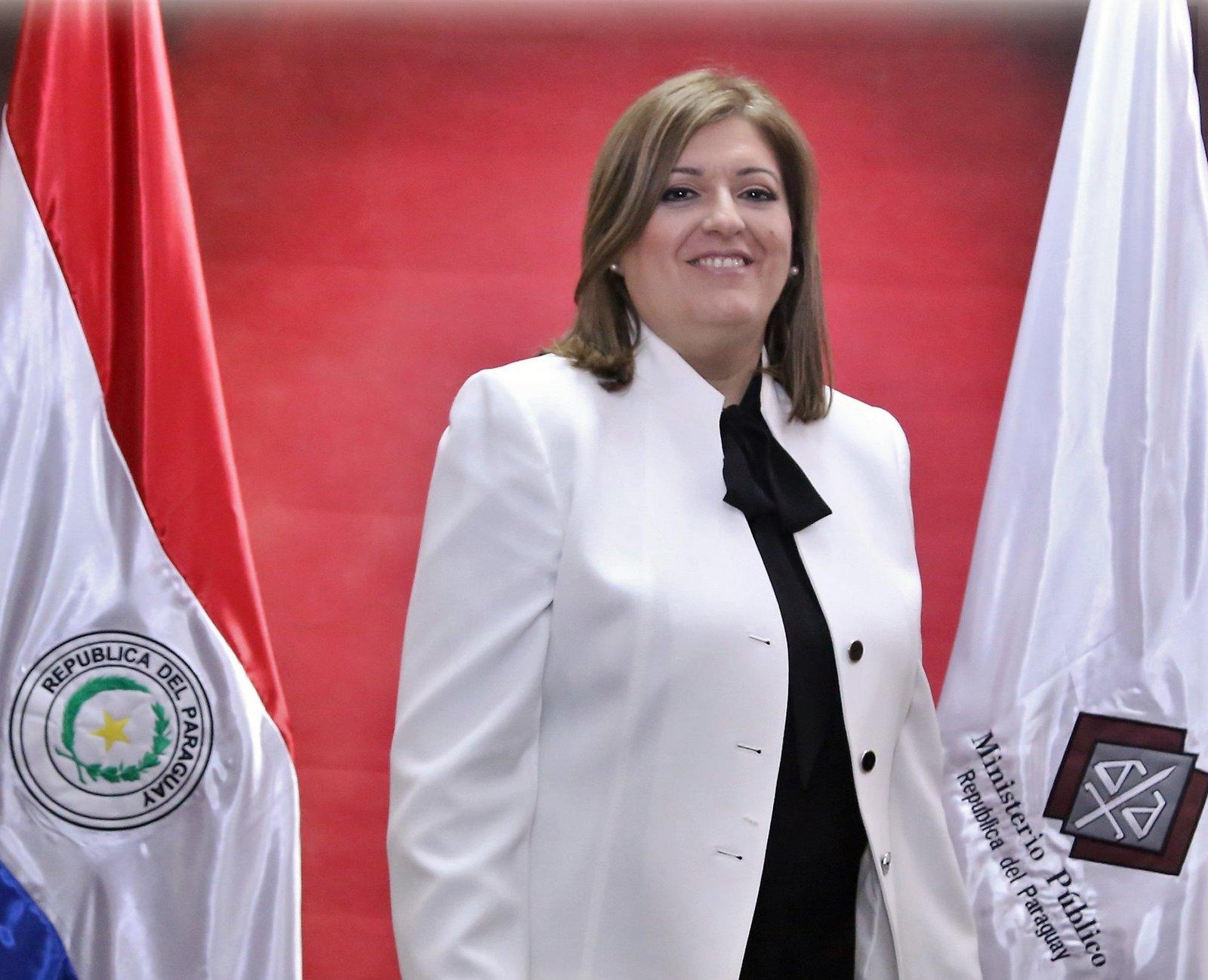Esposa de líder opositor paraguayo encarcelado señala a la fiscal general