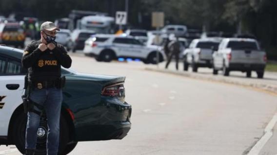 Familia y autoridades de EU despiden a agente del FBI asesinada en Florida