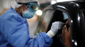Argentina suma 6,680 nuevos casos de coronavirus y 125 muertes más