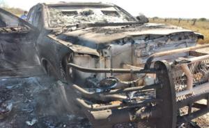 Localizan 4 cuerpos calcinados dentro de camioneta en Tamaulipas