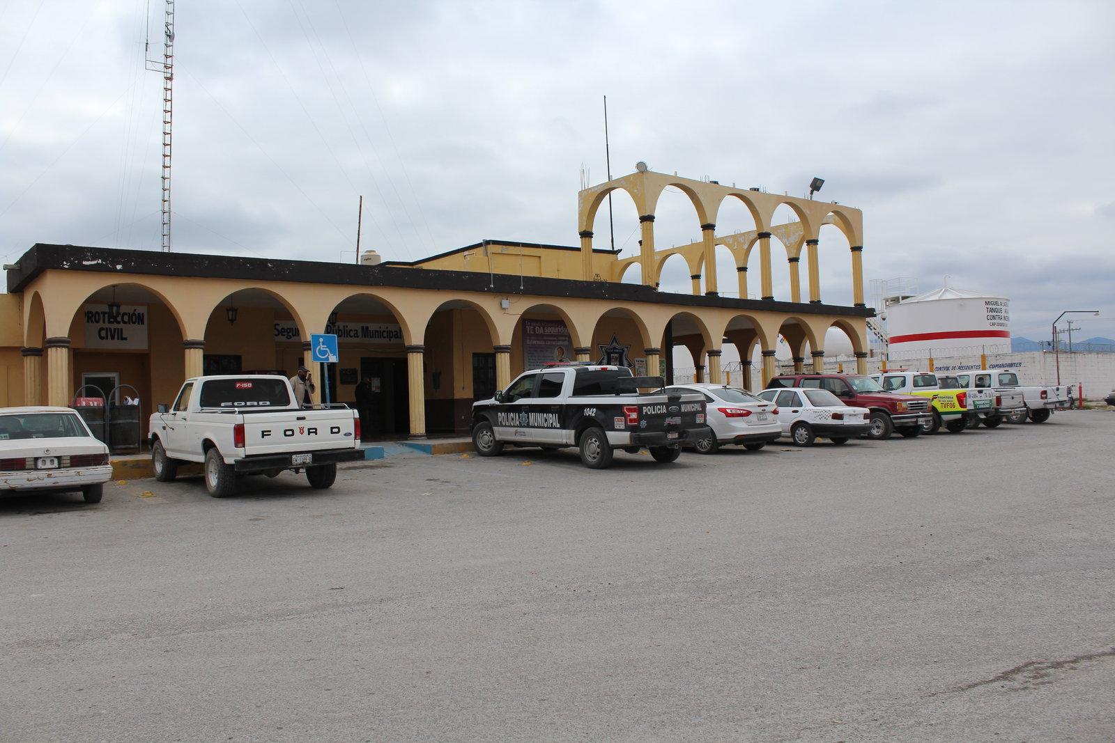 Vigilan a ciudadanos de Frontera 96 policías
