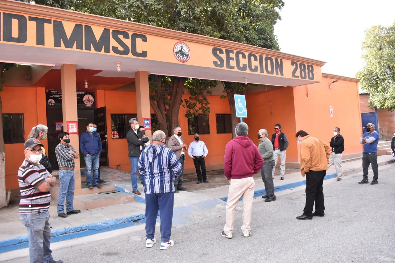 Obreros vulnerables claman baja a AHMSA