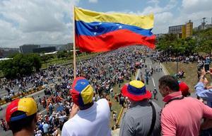 La UE aplaude la decisión de Colombia de acoger al éxodo venezolano