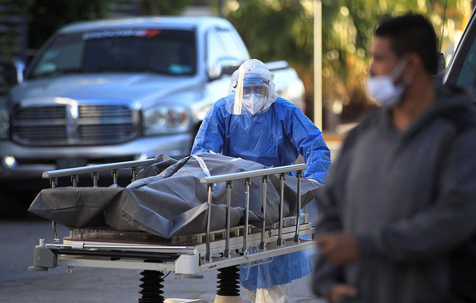 México suma 168 mil 432 muertes por COVID-19