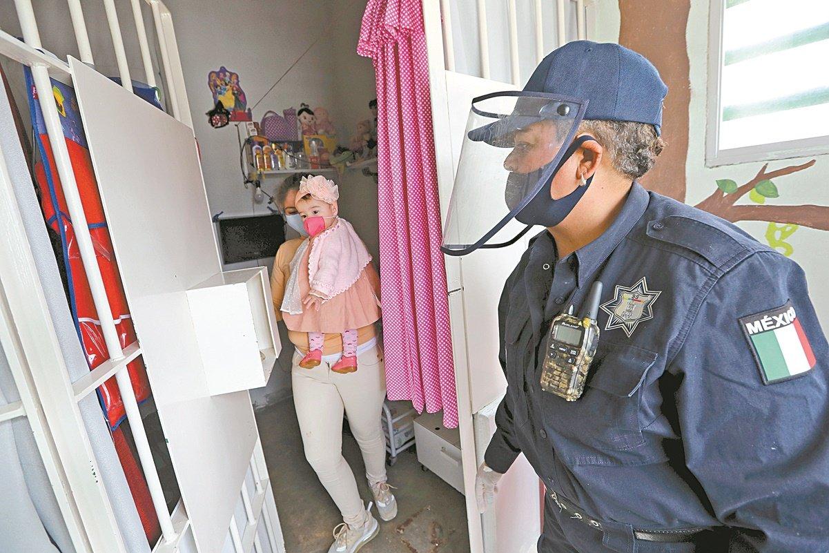 Reportan 5 casos de Covid en Centro Penitenciario 'Santiaguito'