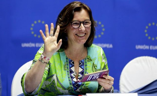 La eurodiputada Metz aboga por cese en las tensiones políticas en El Salvador