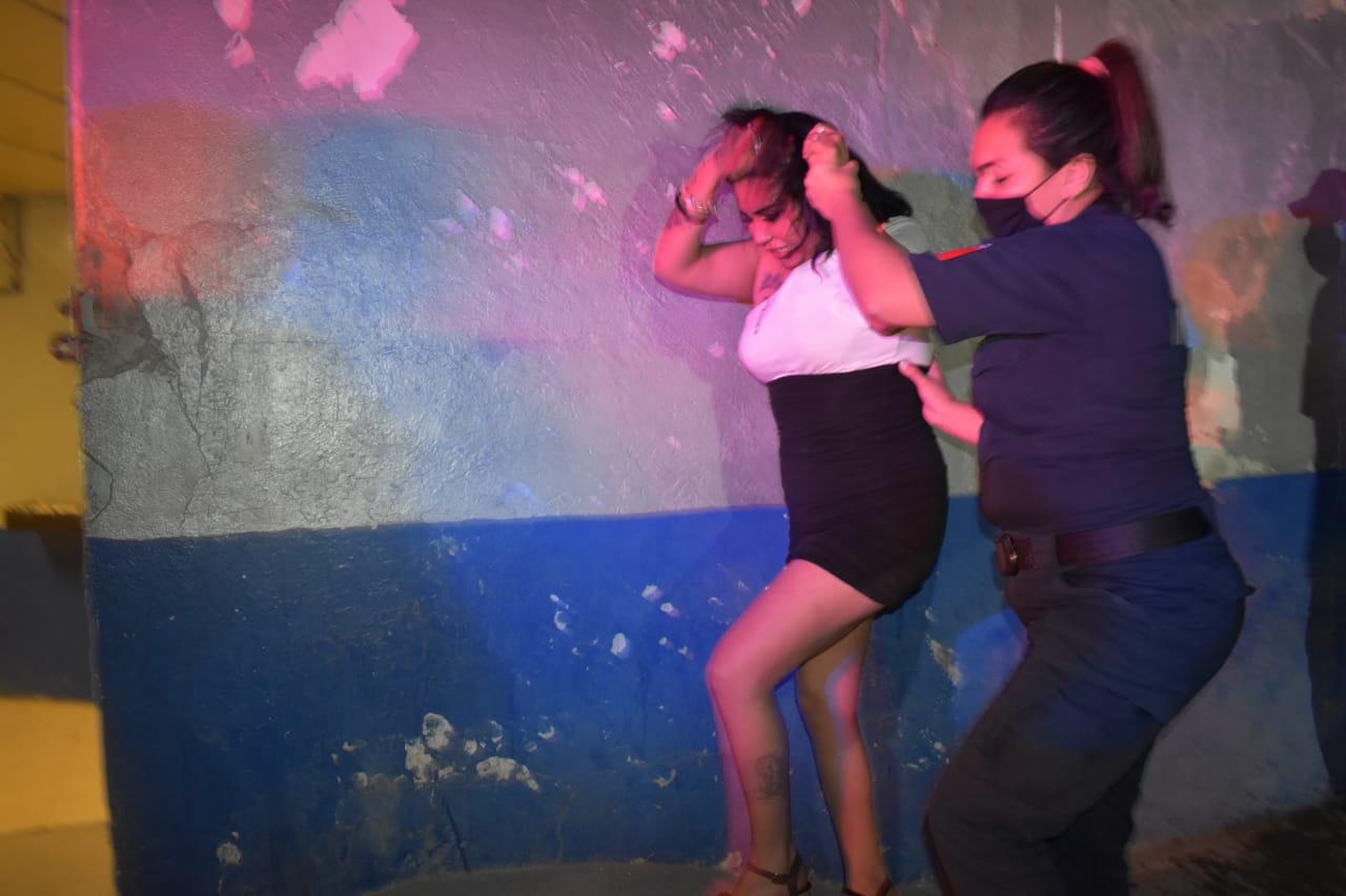 Se lían a golpes por un cliente en Monclova