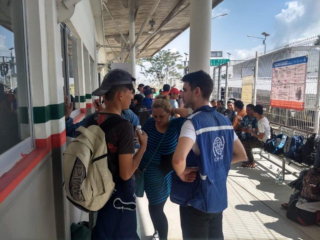 EU planea regresar a migrantes afectados de 'Permanecer en México'